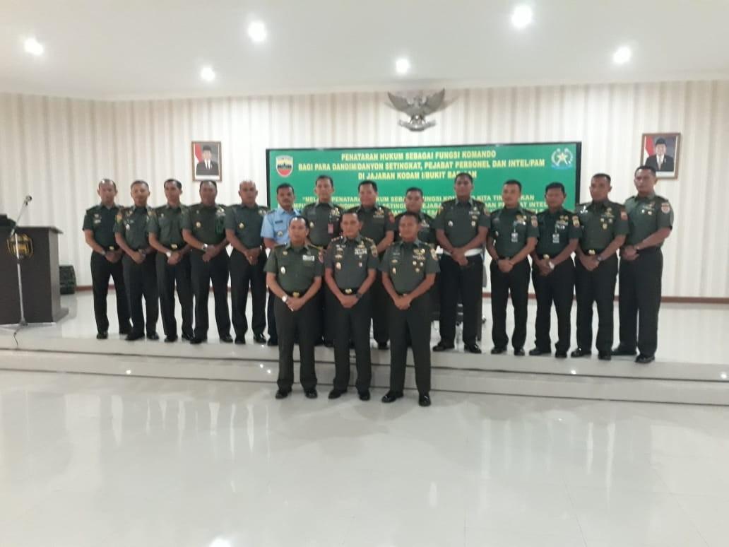 Acara Pembukaan Penataran Hukum Fungsi Komando di Kodam I/BB Oleh Pangdam I/BB Mayjen MS.Fadillah